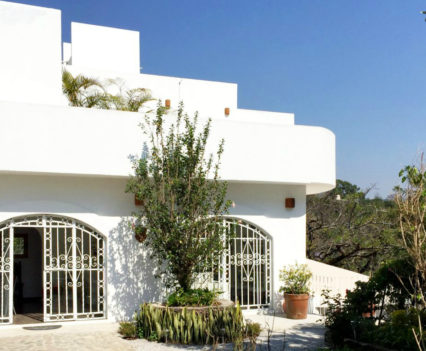 Casa de la Vida - A Holistic-Centered Urban Retreat in Tepoztlan, Mexico